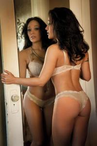 Flaunt Girls 10 Anita Goodlovin