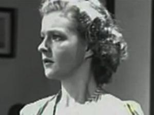 Gillian Maude