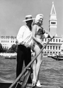 01 Diana Dors 1955