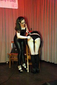 02 2014 Full Disclosure LIVE Sophia Chase dominatrix demo (7a)