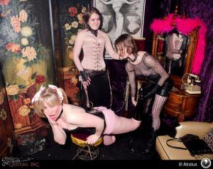 Michael R Barrick (Atratus) 14 Sin City 2012 fete corset 1