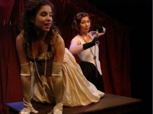 13 Desdemona 2008 Mill Theatre Chicago Alison Connelly as Bianca Amanda Link as Des (1)