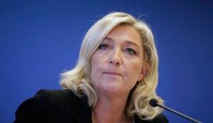 34 Marine le Pen