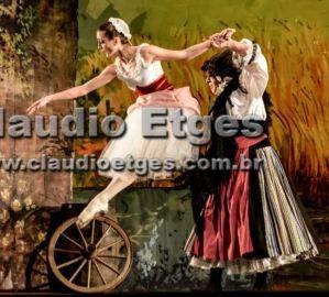 2015 Brazil Ballet Diclea Ferreira smack (1)
