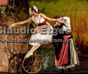 2015 Brazil Ballet Diclea Ferreira smack (5)