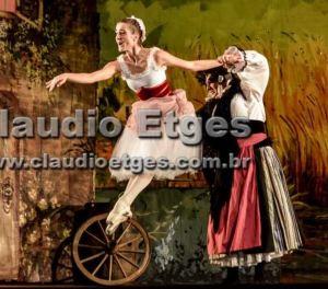 2015 Brazil Ballet Diclea Ferreira smack (6)