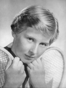 12 Christine Truman