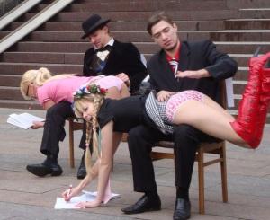 50 2009 FEMEN