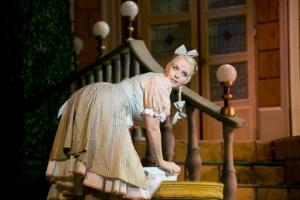 03 Anna Peller as Marcsa