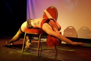 Rachel Thomas 00 burlesque