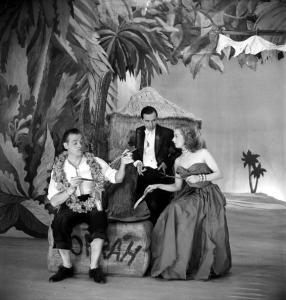 """""""La Petite hutte """" of Andre Roussin. Fernand Grav"""